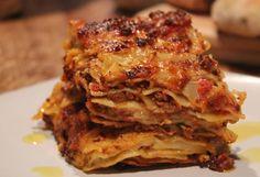 Delicious lasagna baked in the Fontana Forni Oven.                      www.fontanaforniusa.com