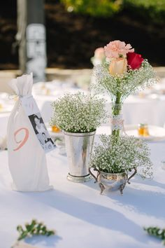 Love the silver and babys breath