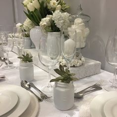 just love this white on white Table Decorations, Furniture, Home Decor, Decoration Home, Room Decor, Home Furnishings, Arredamento, Dinner Table Decorations, Interior Decorating