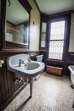 1873 Stick Victorian – New Haven 154-E-Grand-Ave-5