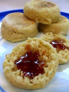 Sourdough English Muffins  Crumpets:  http://theafterschoolchef.wordpress.com/2013/04/24/the-fluffiest-crumpets/