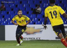 La Selección Colombia sub-20 de fútbol se clasificó el martes para el hexagonal final del Suramericano de la categoría, luego de golear 6-0 a Bolivia, en la cuarta jornada del grupo del certamen que se cumple en Mendoza, Argentina.