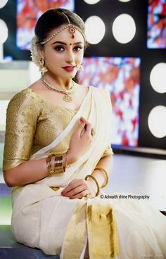 Are you looking for   the best   Saree  also things like   Latest Elegant Designer Saree  also   Elegant Design Sari Blouse   in which case    Click Visit link above for more options #modernsari indianfashion #fashion Kerala Bride, Hindu Bride, South Indian Bride, Indian Bridal, South Indian Sarees, Onam Saree, Kerala Saree, Kasavu Saree, Men's Fashion