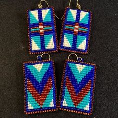Decided to use up the last of my silver lined copper seed beads and pair them with the turquoise/blue. Top pair is $75 -- lower Chevrons are $60 + s/h -- DM/comment below with your choice and email address for an invoice! :)