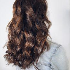 Lezerne vlny na svatbu Veronica, Long Hair Styles, Beauty, Long Hairstyle, Long Haircuts, Long Hair Cuts, Beauty Illustration, Long Hairstyles