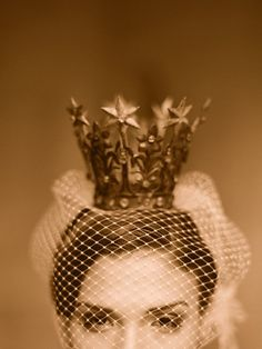 Classic Bride: Monday Vintage Finds: Delicious crown [+ 1 for sale!] Preppy + Polished Wedding Style