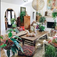 10 Homes That Are Anything BUT Minimalist  #refinery29  http://www.refinery29.com/anti-minimalist-home-instagram-pictures#slide-4  Judy Aldridge knows the power of adding plenty of plants in the mix....