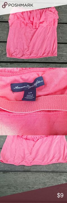 American Eagle Pink tube top American Eagle Pink tube top. Size small. Ruffles at the top. Some elastic at the bottom. American Eagle Outfitters Tops Tank Tops