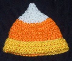 This cute little newborn hat looks like a piece of candy corn and is great for autumn!  Ravelry Members Download a PDF of this pattern here:...