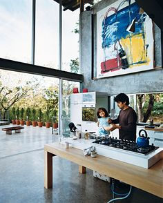 Amazing space and kitchen. Photo by: Paco Perez