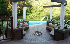 #Trex Transcend #decking makes it easy to match decking with built-in seating.