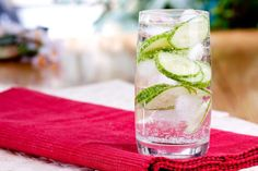 Is Carbonated Water Bad for You? The effervescent nature of sparkling water makes for a refreshing beverage and a healthier alternative to sugary soda. In fact, it's so reminiscent of soda, due to the carbonation, that you might wonder if there are any detrimental side effects. When it comes to your health, carbonated water provides plenty of benefits with few consequences.