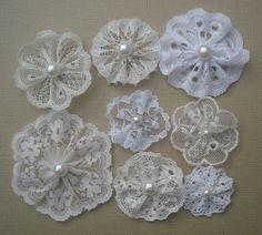 Little lace flowers