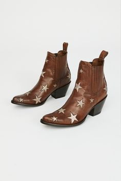 Slide View 2: Reach For The Stars Ankle Boot
