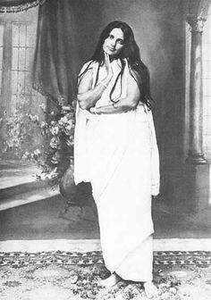 Ma Anandamoyi