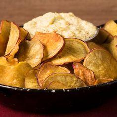 Comeré un solo Chip de Batata dijo nunca nadie Snack Recipes, Snacks, Healthy Recipes, Fruit Leather Recipe, Food Videos, Tapas, Easy Meals, Food And Drink, Yummy Food
