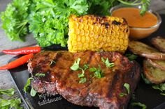 Ranteita myöjen taikinasa: Grillipihvit ja kilpiperunat Steak, Food, Essen, Steaks, Meals, Yemek, Eten