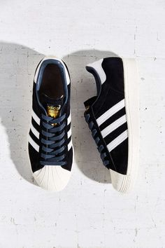 huge discount 2ecb3 2950a adidas Originals Superstar 80s Deluxe Sneaker - Urban Outfitters Golden  Logo, Vintage Adidas, Soft