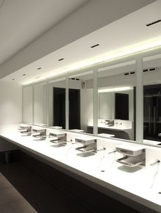 Teuco for Autogrill.#Bathrooms Villoresi Est by Autogrill, #Italy. One of our best #projects with #duralight