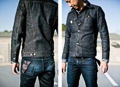 Fades of our Dark Stanton indigo selvedge Japanese denim. These are overdyed jeans with an indigo warp and black weft. Raw Denim, Edwin Jeans, Mens Casual Jeans, Dark Denim Jacket, Estilo Denim, Mode Jeans, Denim Fashion, Guy Fashion, Street Fashion