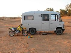 dirtbikes AND campervans? AWESOME COMBINATION!! :D