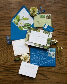 100 отметок «Нравится», 5 комментариев — Ruby 👱🏻♀️  Whitney 👩🏻 (@laurelandmarie) в Instagram: «🦋🍃✨⠀ .⠀ .⠀ .⠀ .⠀ .⠀ photographer: @picturesquepba⠀ venue: @patriotgolfclub⠀ florals:…» Go Green, Floral, Books, Instagram, Art, Art Background, Libros, Flowers, Book