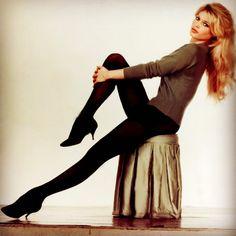 "1,186 mentions J'aime, 2 commentaires - Retro Fashion Photography (@retrofashionphotography) sur Instagram : ""@lizziemontgomerydesign Brigitte Bardot, 1960s #brigittebardot #sixties #frenchactress #60sfashion…"""