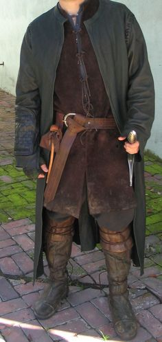 Medieval men clothing