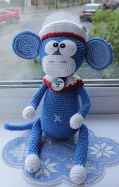 Crochet crocheted monkey. The work of Margarita