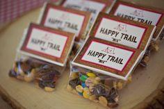 trail mix for wedding favors - mountain wedding | http://emmalinebride.com/rustic/mountain-wedding-ideas/