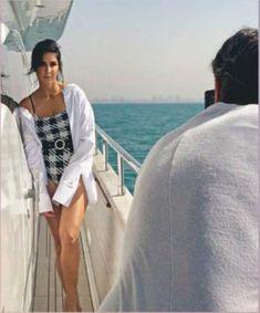 Bollywood Actress Hot Photos, Indian Bollywood Actress, Bollywood Girls, Beautiful Bollywood Actress, Most Beautiful Indian Actress, Bollywood Celebrities, Katrina Kaif Wallpapers, Katrina Kaif Images, Katrina Kaif Hot Pics