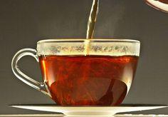 En 1941 sumergidos en la guerra que dejó en la miseria a muchas familias, la corona inglesa publicó un manual para la preparación perfecta de una taza de té