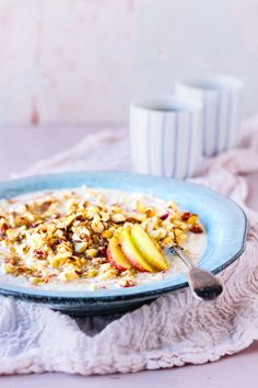 My Vibrant Kitchen | Vegan Swiss Bircher Müsli | http://myvibrantkitchen.com