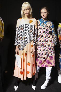 Dries Van Noten Fall 2017 Fashion Show Backstage Cont., Paris Fashion Week, PFW, Runway, TheImpression.com - Fashion news, runway, street style, models
