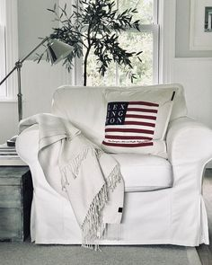 Marie McMillen (@shuttersandstripes) • Instagram photos and videos East Coast Beaches, Be Perfect, Beach House, Blanket, Living Room, Bed, Reading, Natural, Home