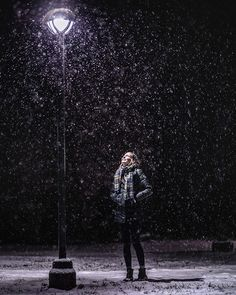 Atmospher winter portrait of a female model posing under falling snow at night Photography How to Shoot Winter Portrait Photography Snow Photography, Creative Photography, Amazing Photography, Portrait Photography, Photography Awards, Photography Magazine, Photography Lighting, Photography Backdrops, Photography Timeline