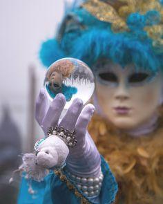Beautiful mask during Venice Carnival Photography Website, Animal Photography, Beautiful Mask, Lasting Memories, Professional Women, Professional Photographer, Venice, Carnival, Portrait