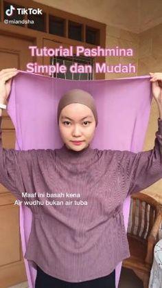Simple Hijab Tutorial, Hijab Style Tutorial, Stylish Hijab, Casual Hijab Outfit, Selfie Kamera, Pashmina Hijab Tutorial, Mode Turban, Beauty Routine Checklist, Head Scarf Styles