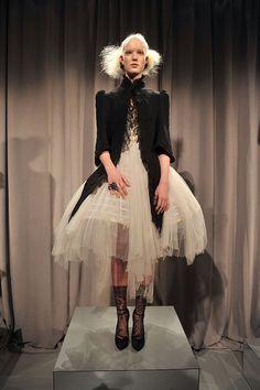 Fall 2011 New York Fashion Week: Marchesa 2011-02-16 16:45:34 | POPSUGAR Fashion