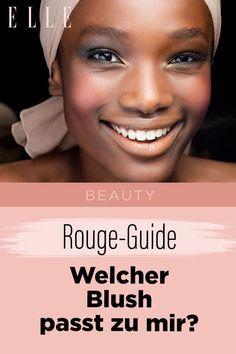Blush verleiht sofort einen frischen Look und einen zarten Glow. Wir zeigen, wie man von Farbe bis Textur das richtige Produkt findet. Hier gehts zum Rouge-Guide #rouge #blush #makeup #gesicht #kosmetik #beauty