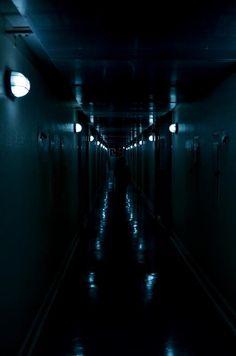 gvndam:    everlastingerection:    Tannex dorm at my college    .
