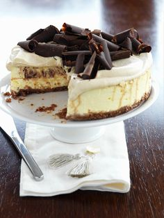 Kaffee-Käsekuchen mit Schokolade | http://eatsmarter.de/rezepte/kaffee-kaesekuchen-mit-schokolade-0
