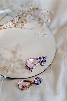 Bold Jewelry, Fashion Jewelry, Jewelry Design, Earrings Photo, Photo Jewelry, Jewelry Photography, Fashion Photography, Ideas Joyería, Minimalist Jewelry
