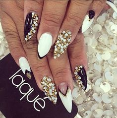 Image via We Heart It https://weheartit.com/entry/141947425 #art #black #gold #nailart #nails #negativespace #rhinestones #style #white #naildesign #laque #laquenailbar #laquenails