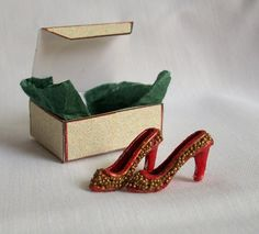 Miniature Shoes with Shoe Box by picklebearies on Etsy, $4.00