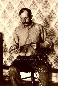 Tom Horn spent a good portion of his life legitimately employed both as a lawman and a detective, but in actuality he was one of the most cold-blooded killers of the Old West. In the 1880s, Horn made a name for himself as a scout and tracker, and was responsible for the arrest of many feared criminals. He had a hand in as many as 50 murders.