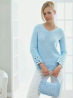 Crocheted bag and tunic in blue
