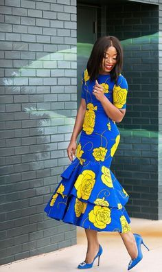 African print dress Midi dress with triple flare/Ankara/African Clothing/African Fashion/Ankara Clothing/Cut out/kente This Stylish African print dress Midi dress with triple flare is ideal for every occasion. African Fashion Designers, African Fashion Ankara, Latest African Fashion Dresses, African Print Fashion, Africa Fashion, African Style, African American Fashion, African Prints, African Fabric