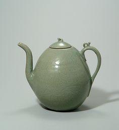 elegant Korean teapot