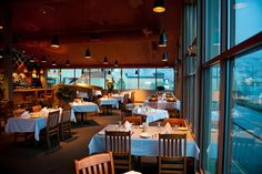 From lakeside patios to finer dining, Osoyoos has it all. Each of our restaurants offers a unique experience sure to tantilize your tastebuds! Osoyoos Bc, Restaurant Offers, Top Restaurants, Fine Dining, Home Decor, Courtyards, Kitchens, Homemade Home Decor, Decoration Home